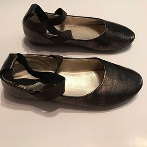 Kenneth Cole Reaction Bronze Flats 6